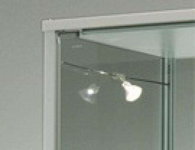 Vetrinetta alfa profili stondati per una vetrina che si adatta ad